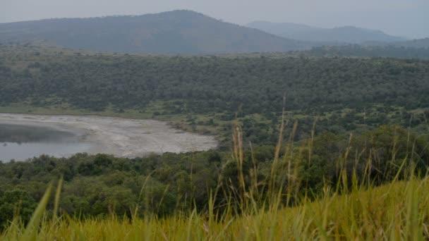 Lake Nyamanyuka in Uganda