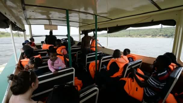ourists on the boat trip on the Kazinga Chanel