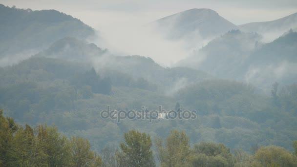 Horské vesnice Coreglia Antelminelli