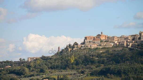 Montepulciano město v Itálii