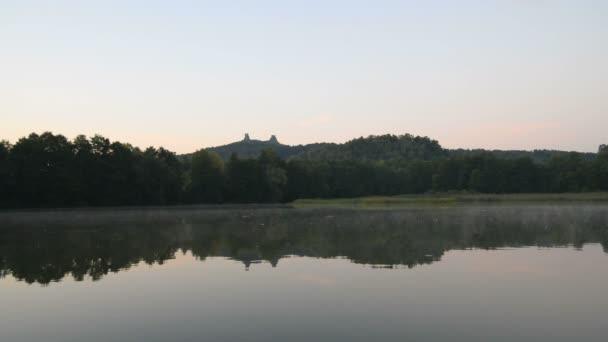 Zřícenina středověkého hradu Trosky v České republice