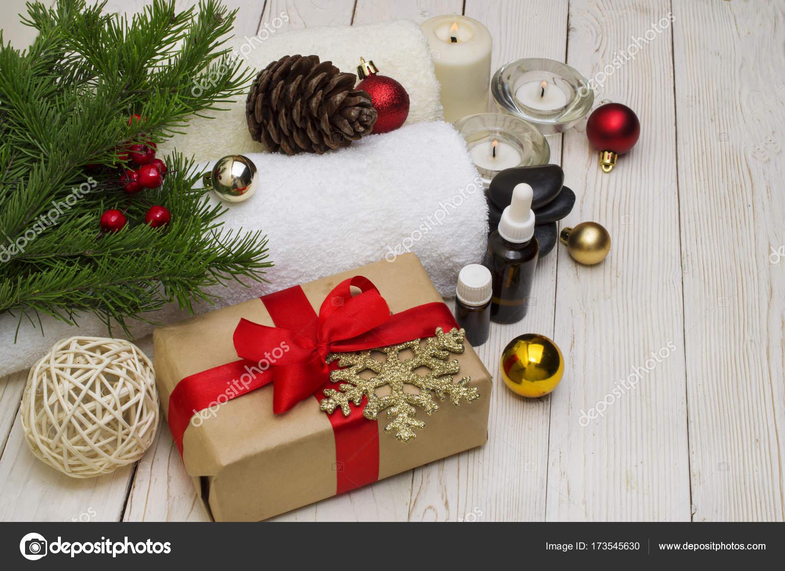 Spa-Konzept, Wellness-Objekte auf Holz Pflanze, Weihnachten ...