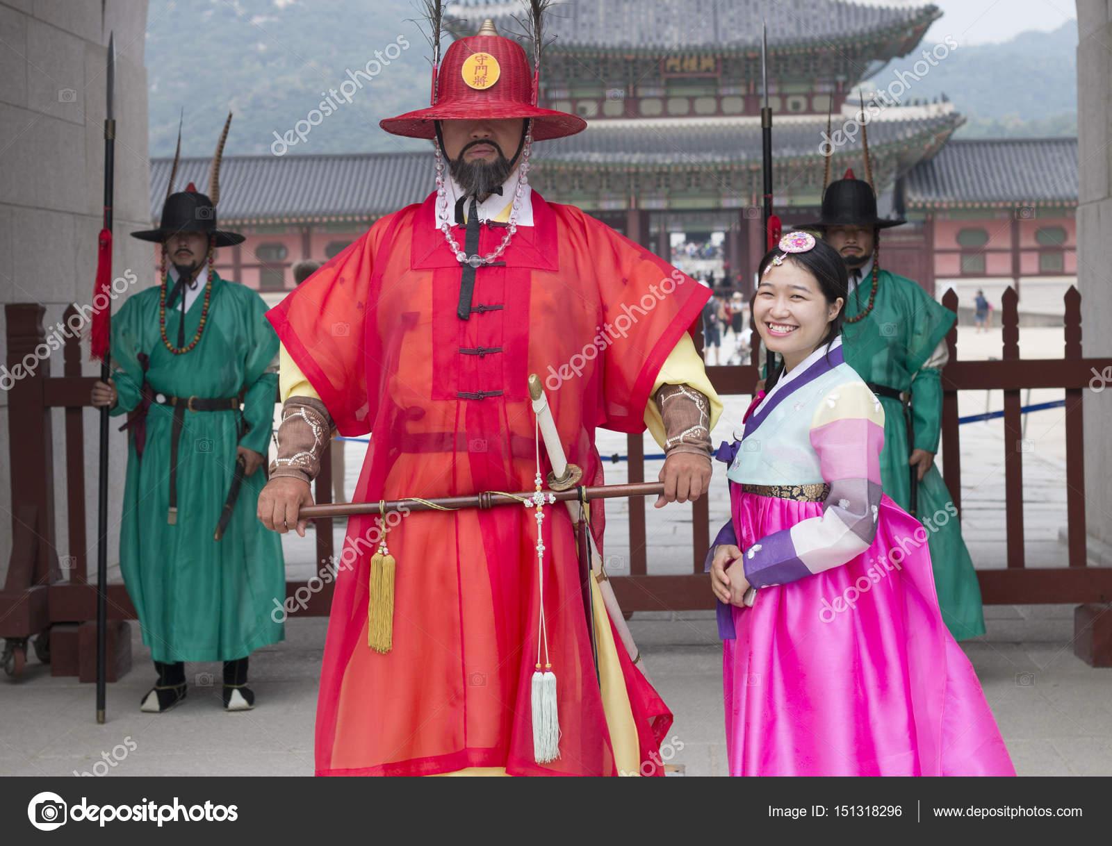 6f59e95f5230d Beautiful Korean girl in Hanbok – Stock Editorial Photo © mediavn ...