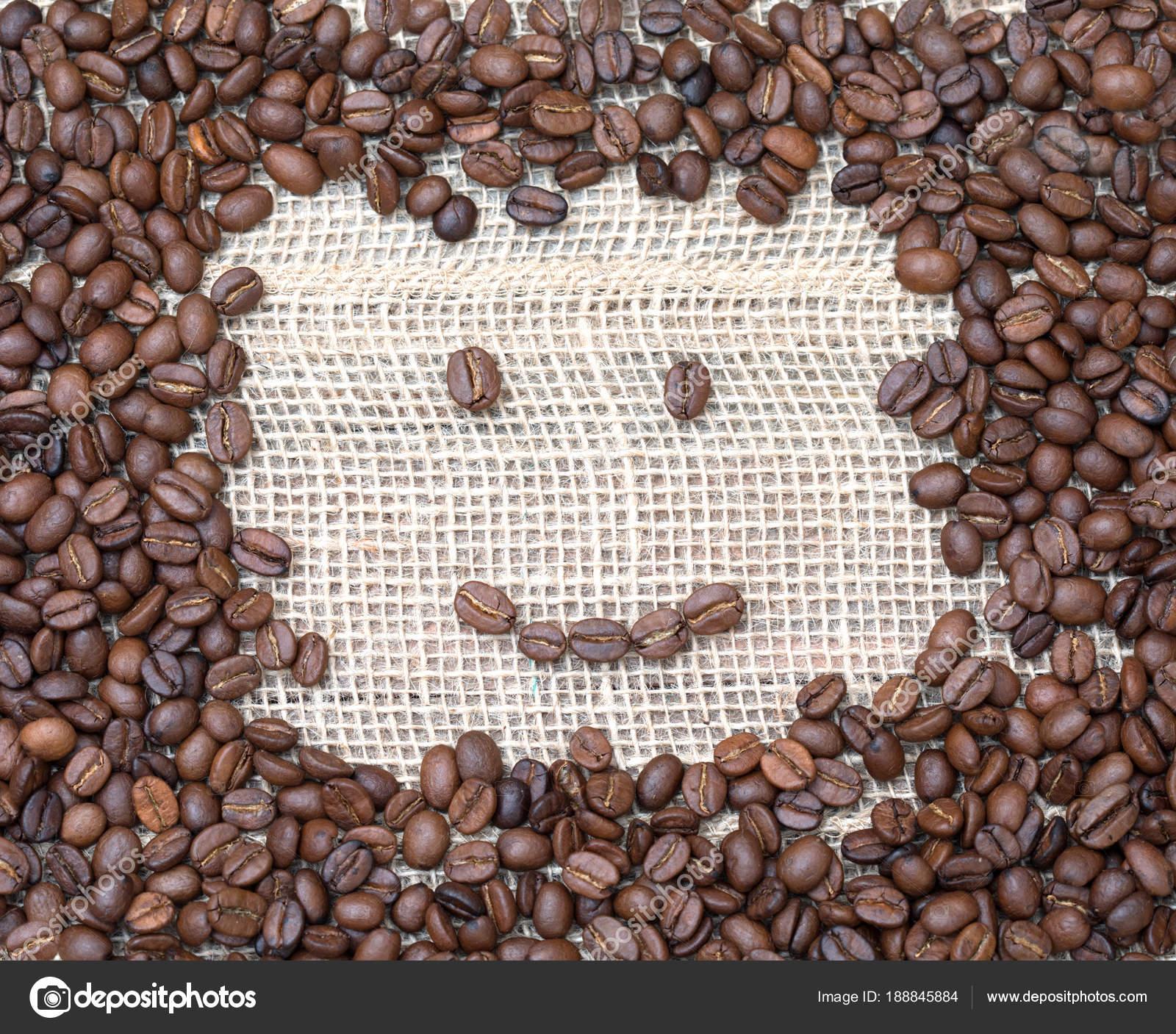 Niedlichen Smiley Gesicht Gemacht Aus Kaffeebohnen Fröhlich