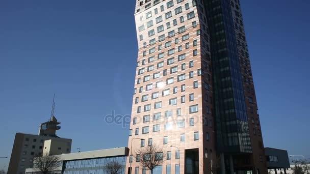 AZ Tower Brno, 111 metrů, nejvyšší budova České