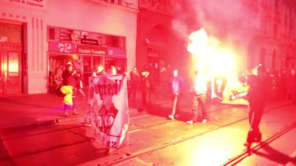 Március radikális szélsőségesek, ember fáklyát, elnyomás, a demokrácia