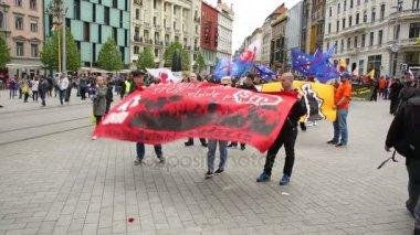 Března radikálních extrémistů, potlačení demokracie, proti Evropské unie, Eu
