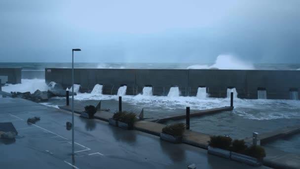 Starker Sturm an der Küste