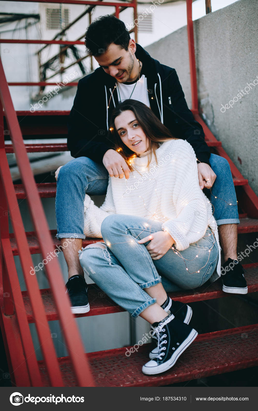 Winter Photoshoot Ideas For Couples Beautiful Inspiring
