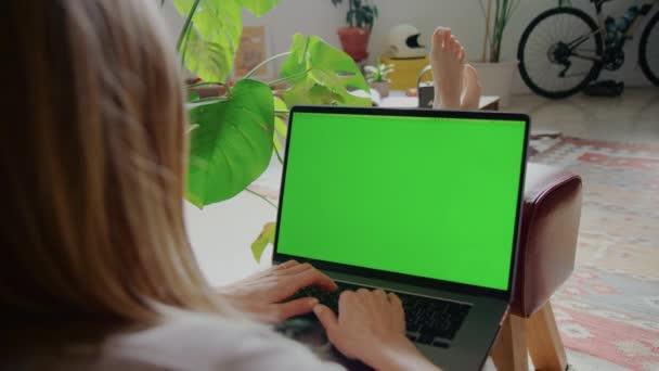 Chroma klávesnice notebook obrazovka. Práce z konceptu domova