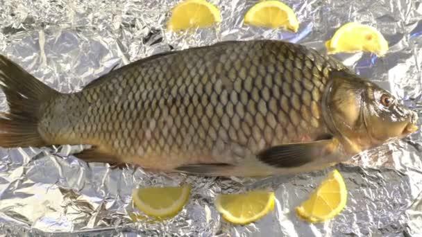 ponty hal fólia pácolt zöldségek és citrom egészséges ételek jó diéta ízletes omega 3 grill étterem vár nagyítás