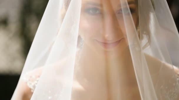 Portréja egy menyasszony, esküvői ruha
