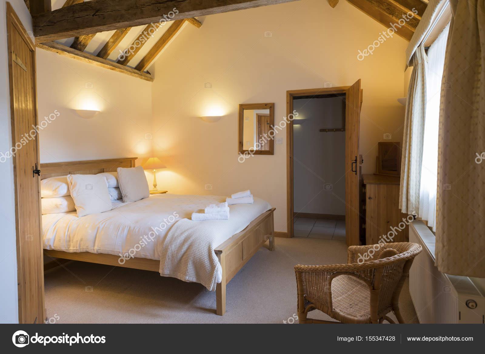 Ben illuminata completamente arredato Vacanze Cottage camera da ...