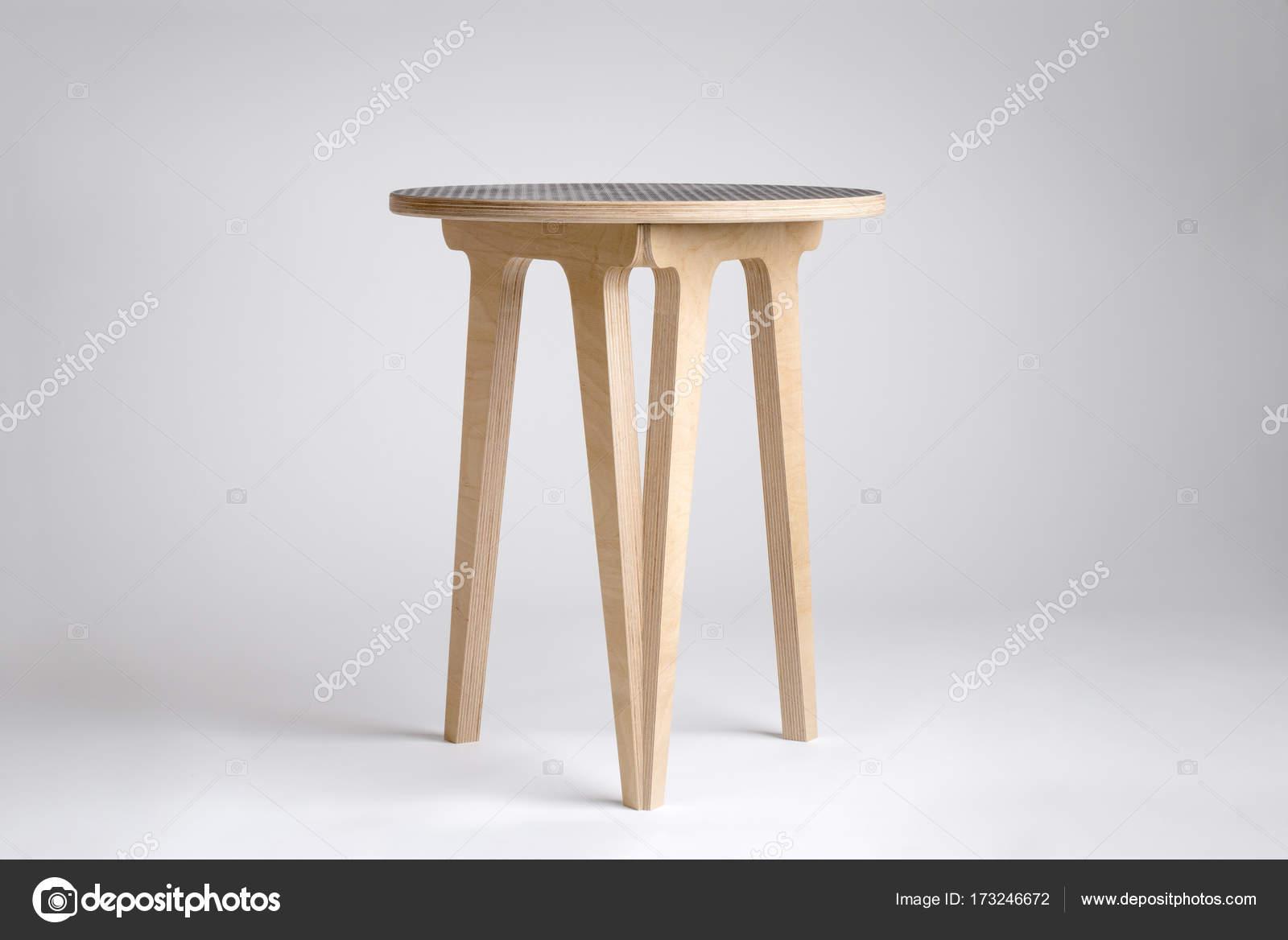 Sgabello in legno design moderno o tavolino u2014 foto stock © stock