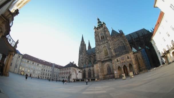 Praha, Česká republika - 24. března 2017: bohémský shot chrám svatého Víta, starověké gotická budova, v slunečný den