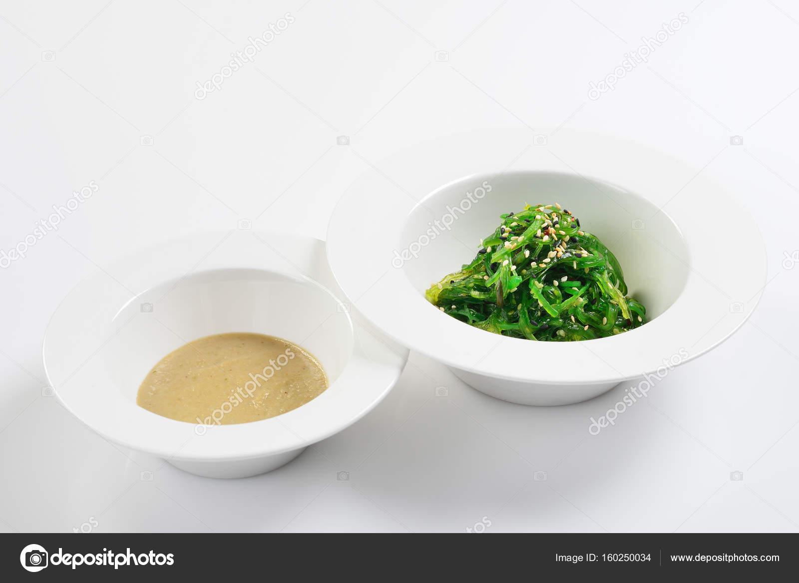 Coupez A Base D Algues Marines A La Sauce De Noix Cuisine Asiatique