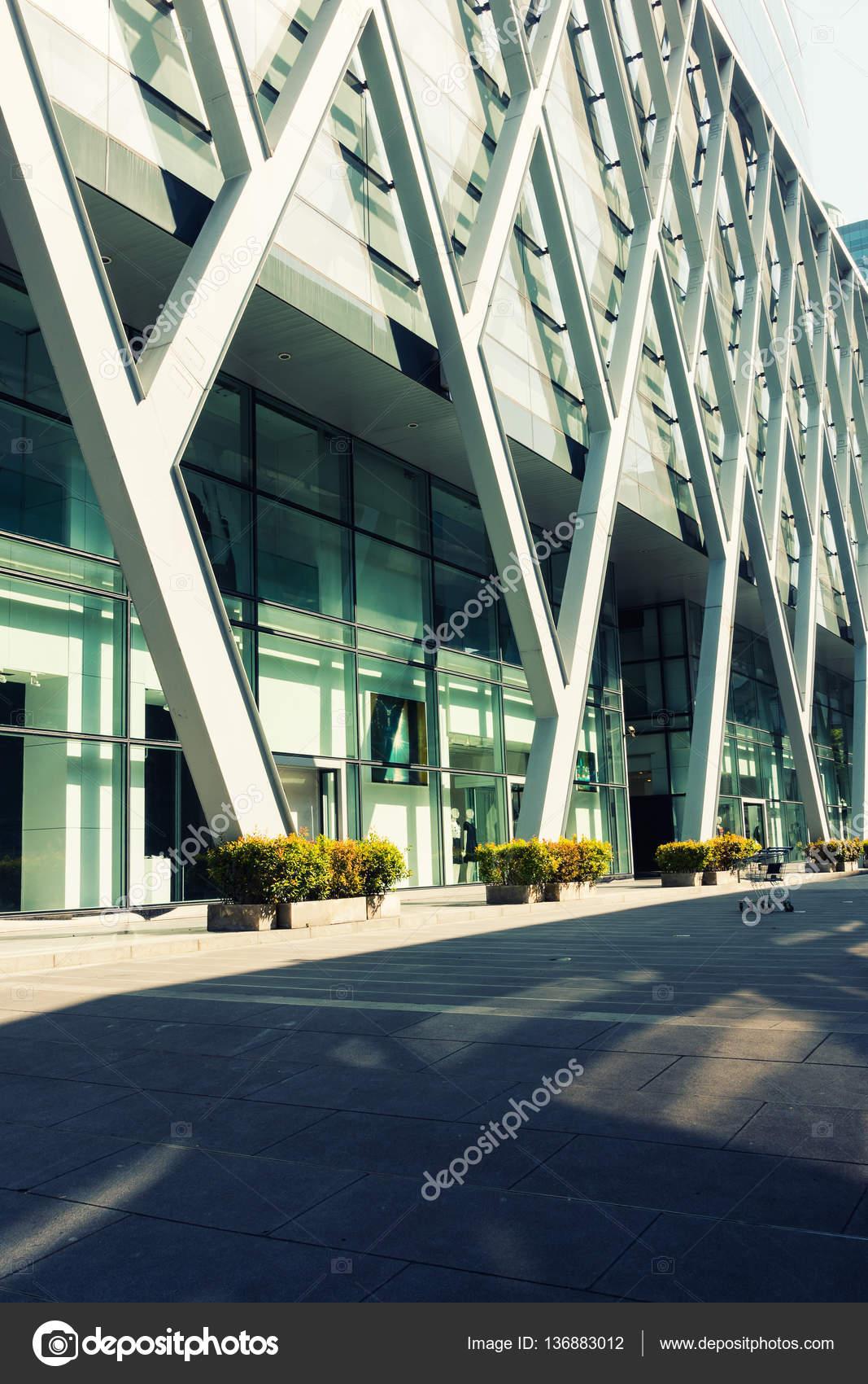 außenfassade verkleidung rahmen, moderne architektur — stockfoto
