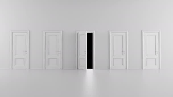 otevřené dveře mezi několika dveřmi v světlé místnosti s alfa kanálem