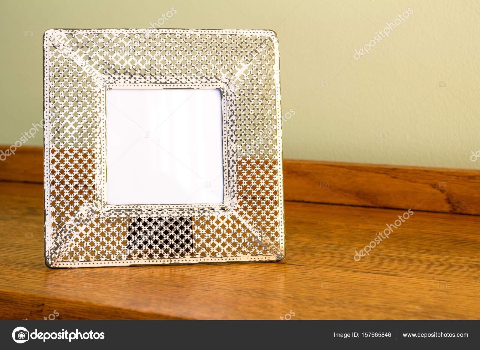 Foto marco - ancho crema colores metal perforado marco delicado ...
