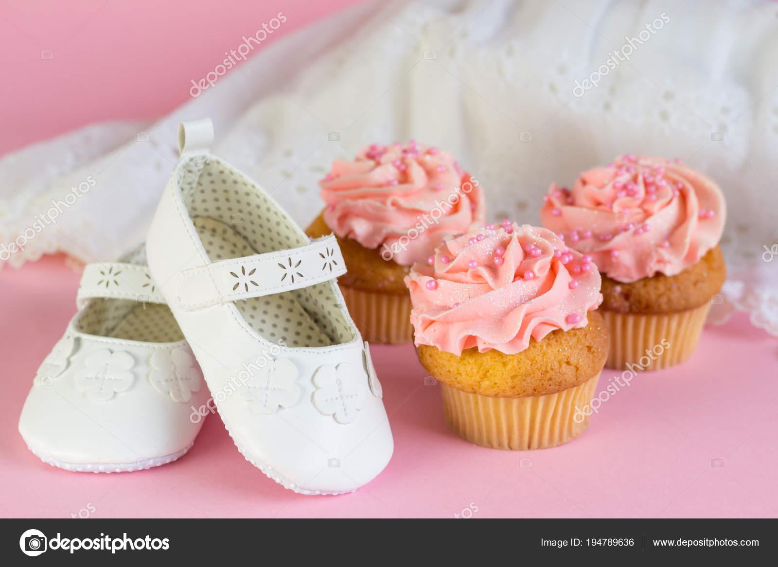 Battesimo O Compleanno Invito Ragazza Con Rosa Cup Cakes E Scarpe