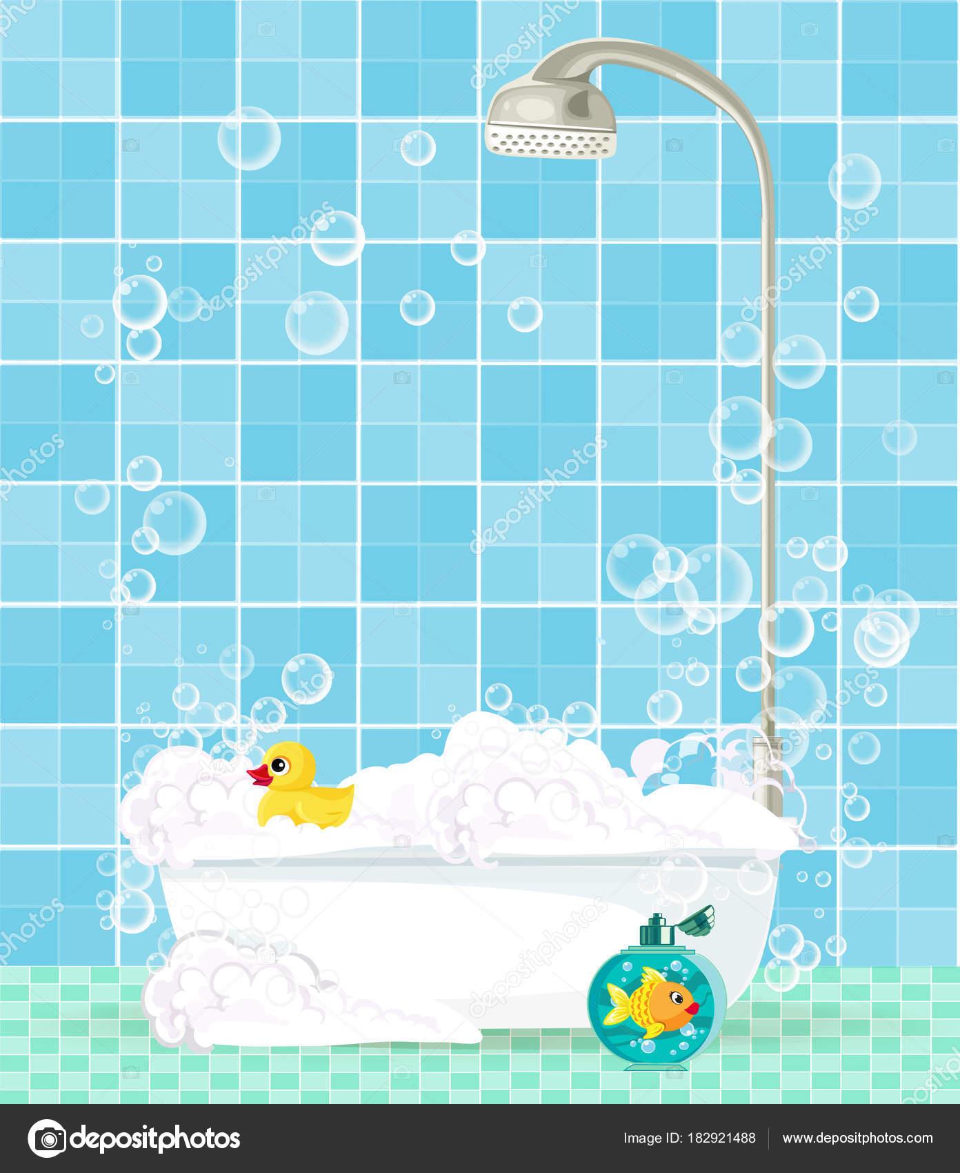 bañera con espuma, champú, pato de goma en fondo de azulejos azul ...