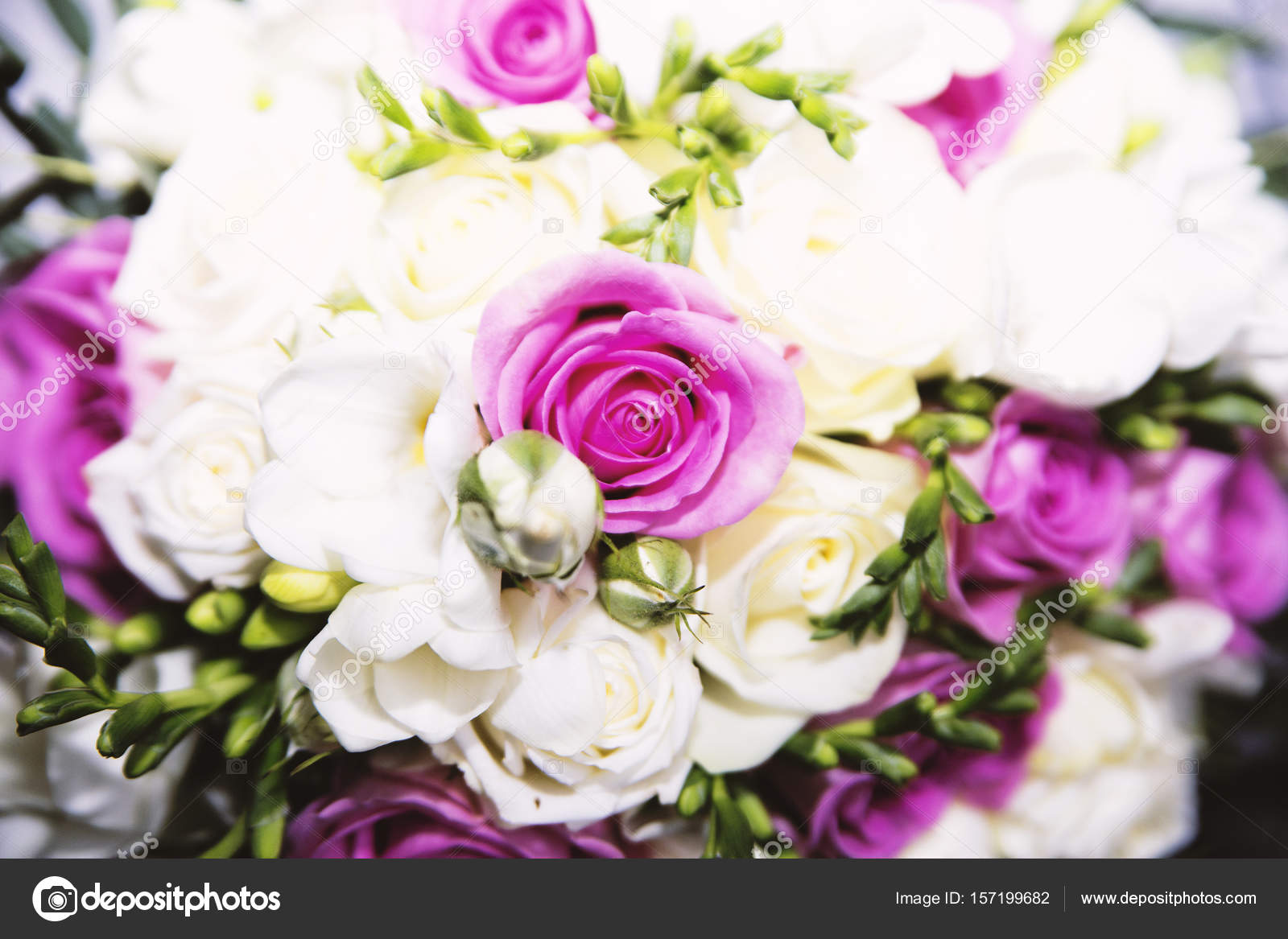 wedding bouquet from natural flowers — Stock Photo © Ribalka #157199682