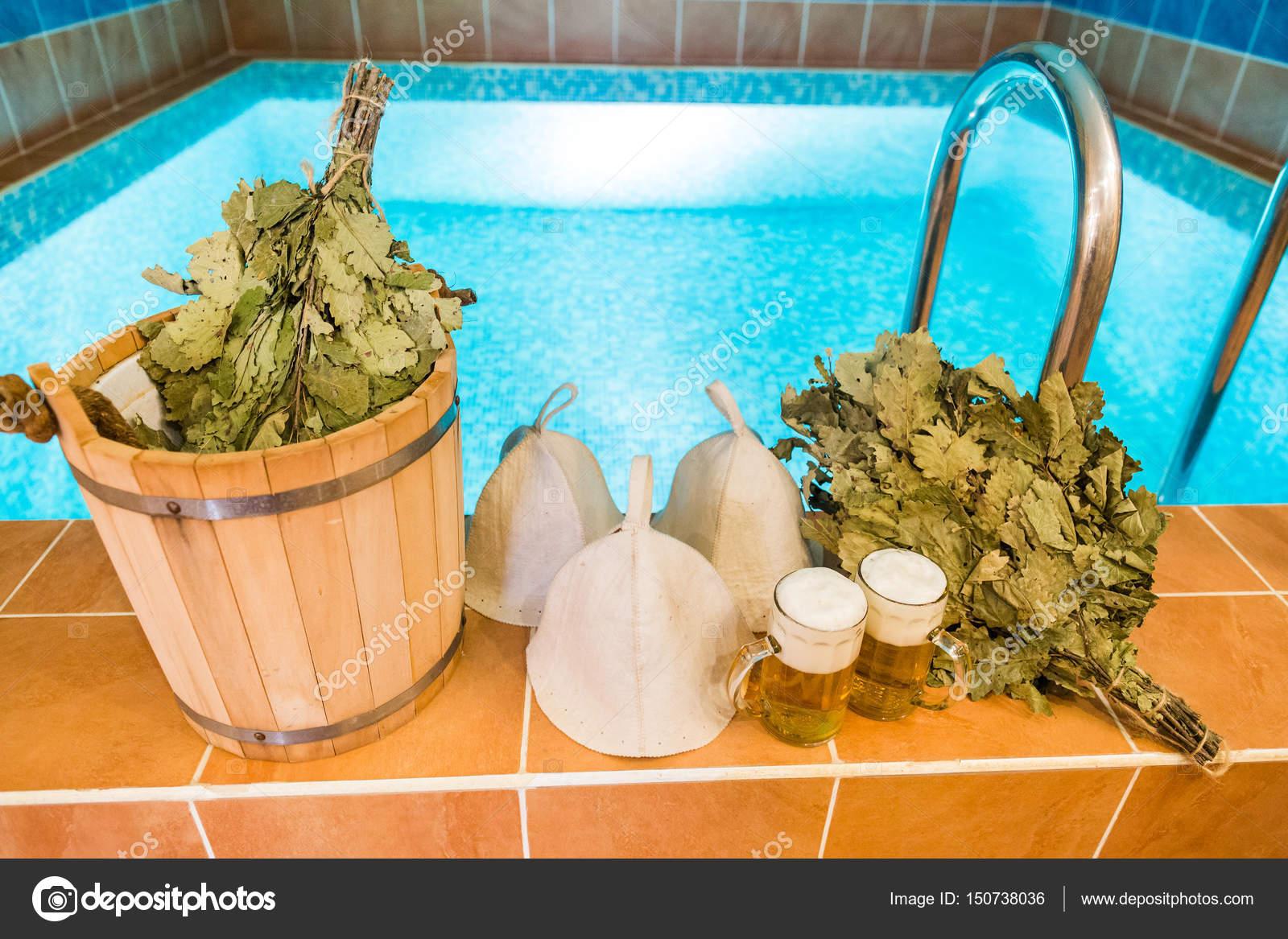 Salle De Bain Yvetot ~ Accessoires De Bain Dans La Baignoire Russe Articles De Salle De