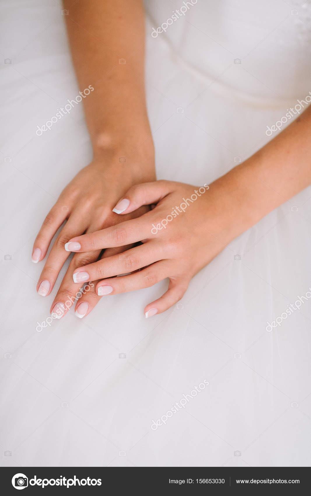 Fine Art Hochzeit Portrat Einer Jungen Schonen Braut In Weisser