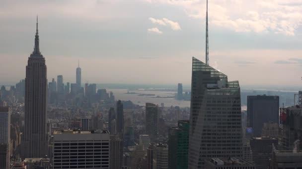 New York, ca. Mai: New York City Manhattan Skyline Gebäude Breite Schuss aus der oberen, Echtzeit-Skyline