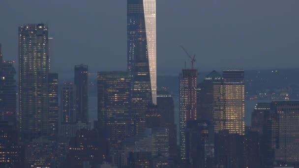 New York, Usa - cca květen: snímek západu slunce a noční Převrhnutí Manhattan, New York City, New York, Usa
