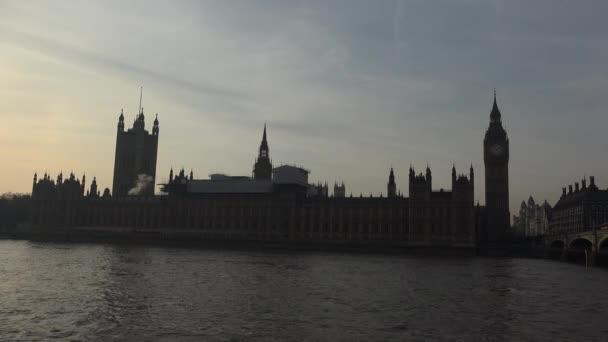 Parlament, Big Ben a řeku Temži v Londýně, Uk.ultra hd 4k, reálném čase
