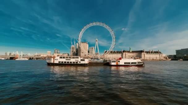 Temže a na březích řeky: Londýn, Anglie, Velká Británie