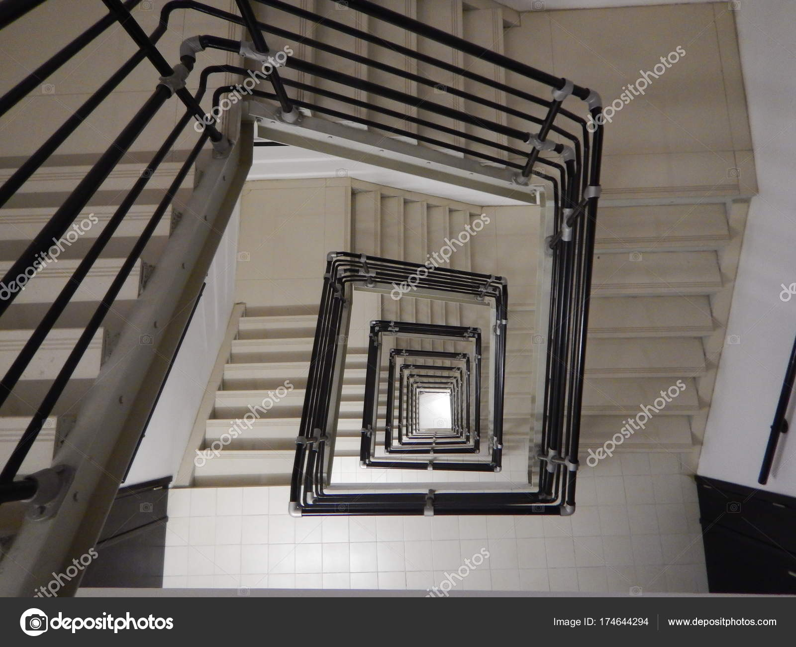 A Square Staircase In A Very Tall Building U2014 Photo By Luciezr