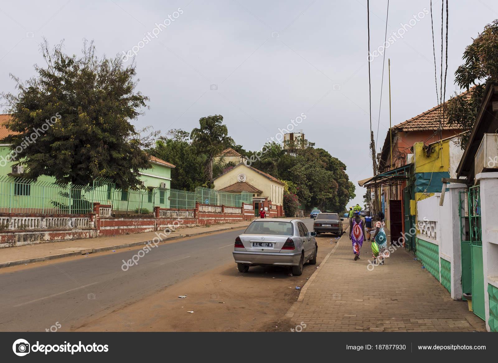 ビサウ ギニアビサウ共和国 2018...
