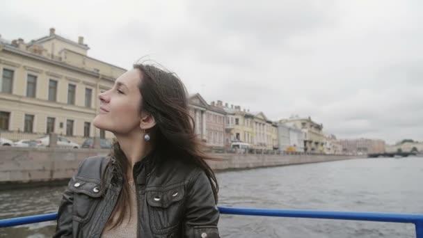 video-zhenshini-otdihayut-v-bane-smotret-kazahstana-porno