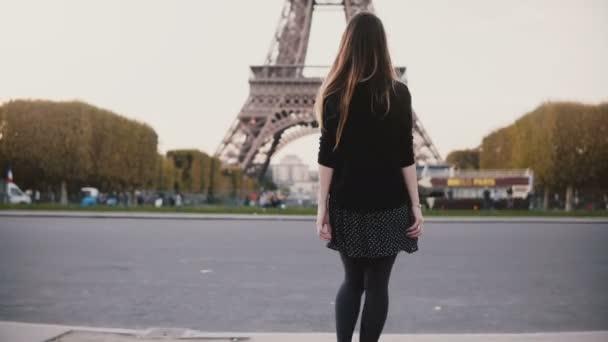 Video von Mädchen geben Schlag Job Russische Familie xxx Videos