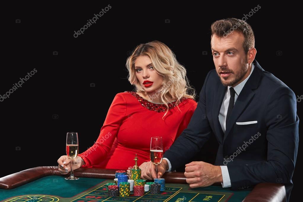 γιούπετς καζίνο ταχύτητα dating είναι το χείλος που βγαίνει με τη Μάντι στην πραγματική ζωή