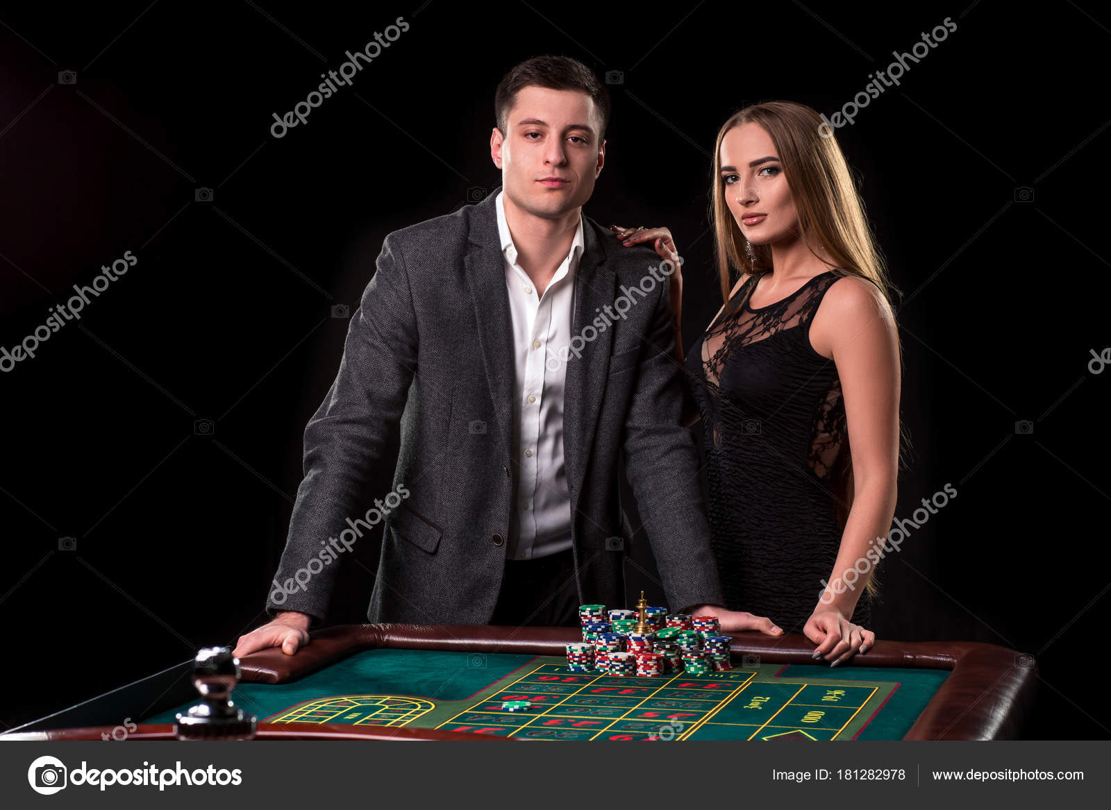 Кто принимает ставки в казино казино вулкан 100 бонус
