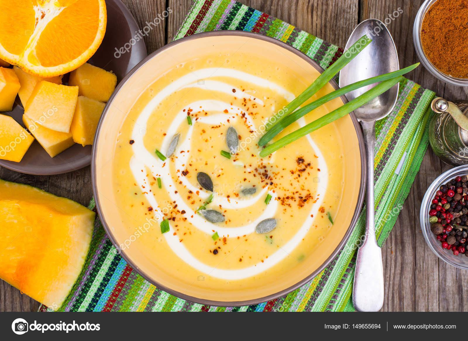 Obst Und Gemuse Diat Suppe Mit Orange Stockfoto C Artcookstudio