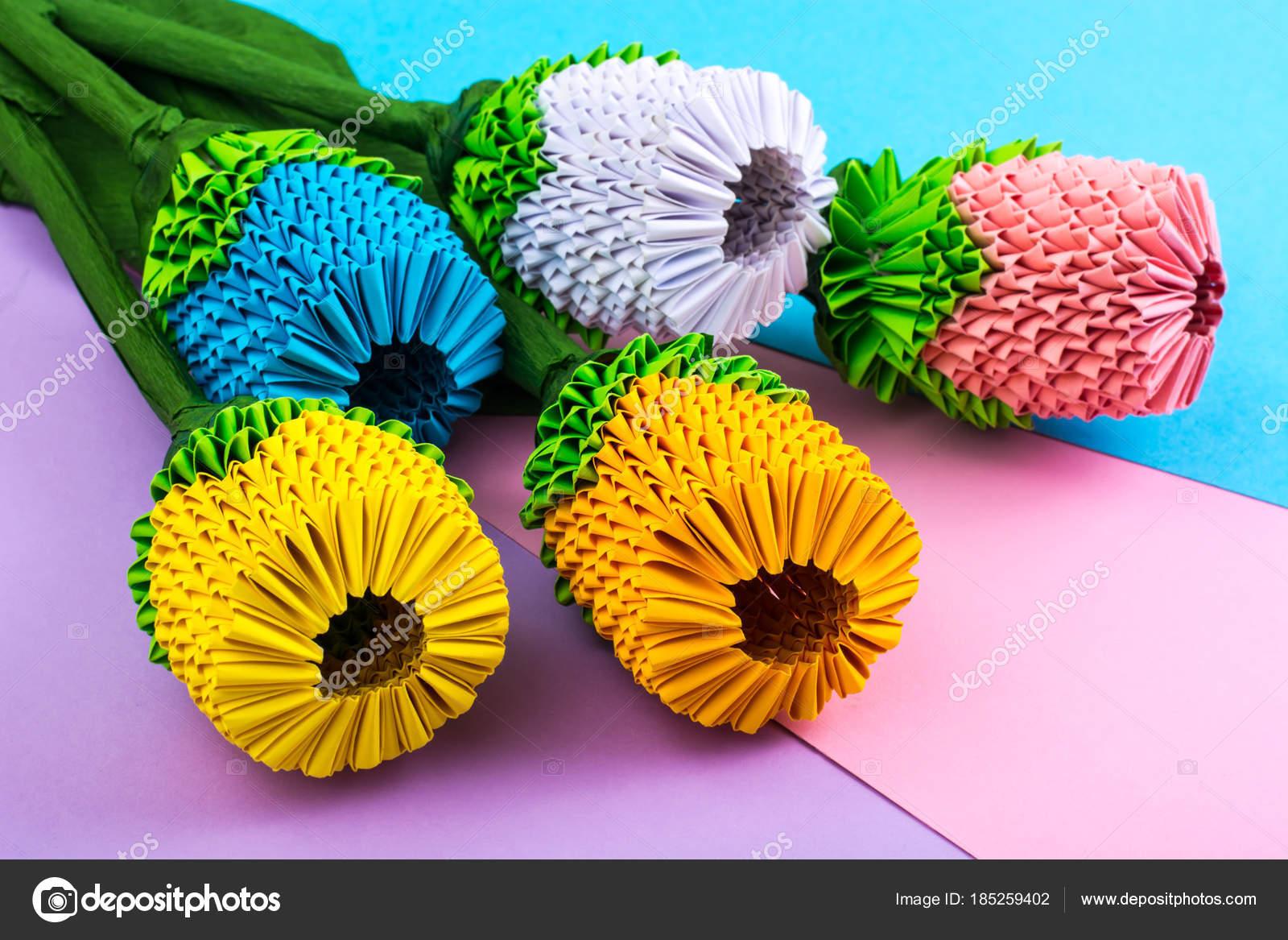 Bunte Papier Origami Blüten Auf Pastell Hintergrund