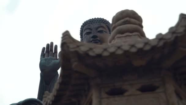 Buddha szobor pose meditáció