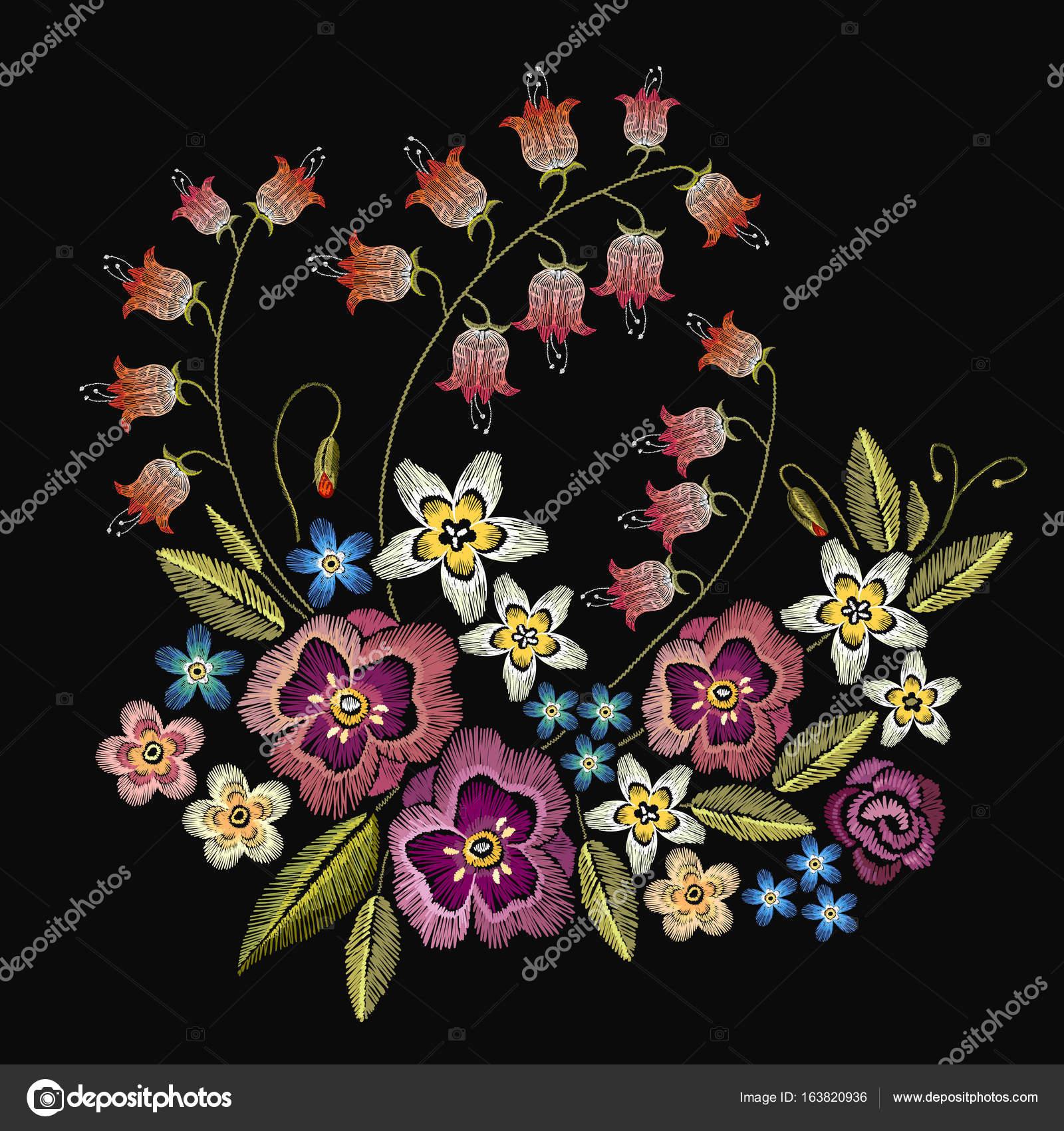 刺繍の花。服のデザインのおしゃれなテンプレート — ストックベクター