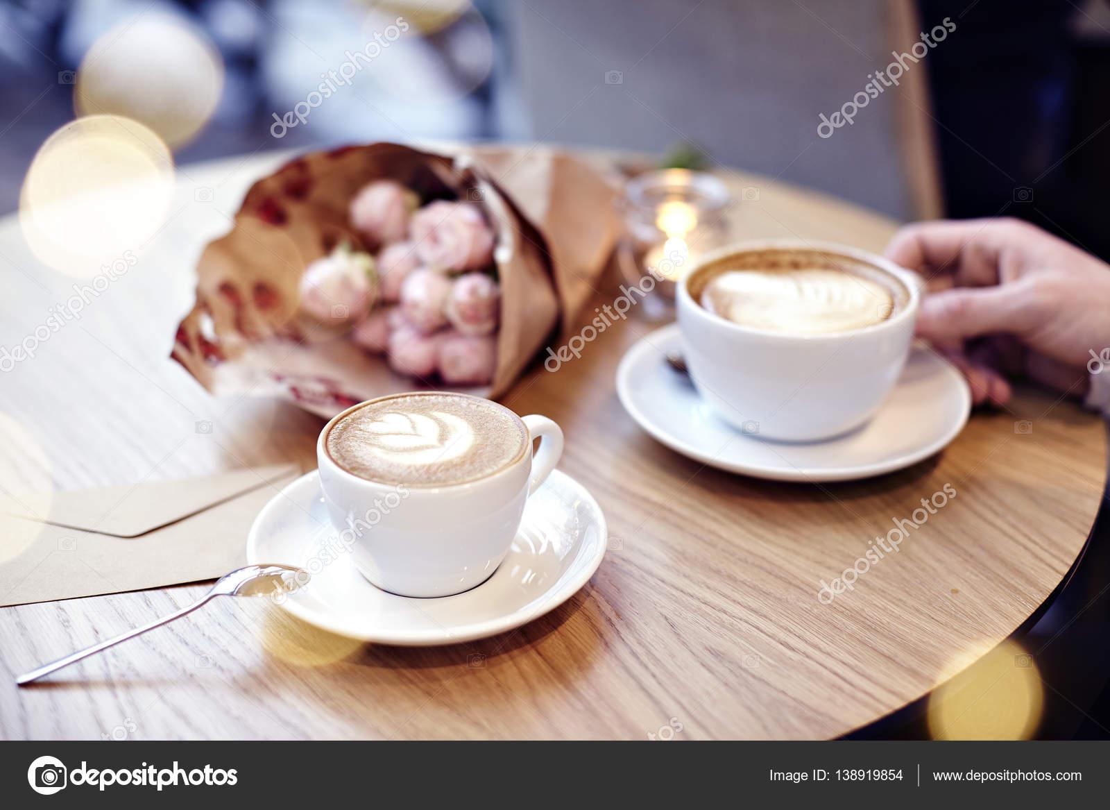 šálek kávy seznamkaMnichov datování webové stránky