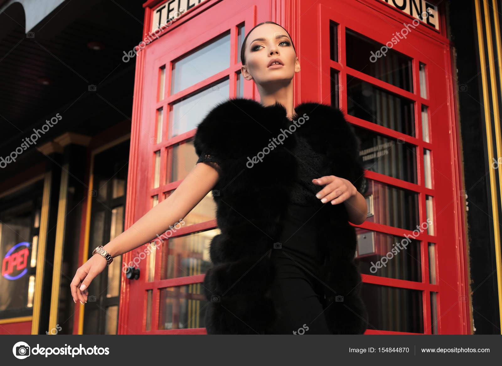Сексуальные девушки в лондоне насти каменской раздевалке