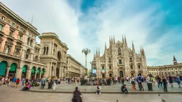 Milano più panorama di giorno piazza cattedrale duomo 4 tempo di k scadere Italia