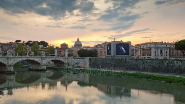 italy vatican tiber river rome famous vittorio emanuelle bridge panorama 4k time lapse