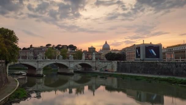 Itálie Vatikán tiber řeky Řím vittorio emanuelle most slavný panorama 4k časová prodleva