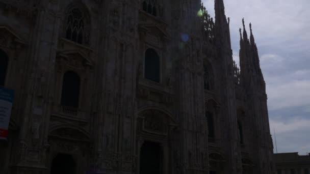 Tourists visiting Piazza del Duomo
