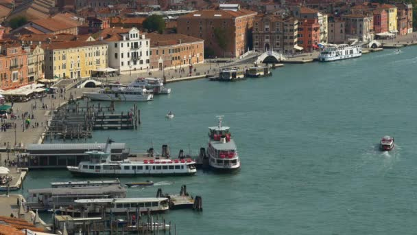 panorama města Benátek v Itálii