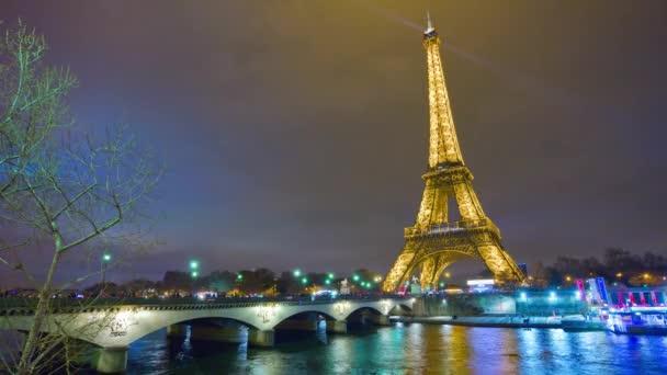 Eiffel torony Párizsban